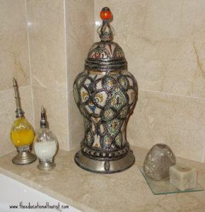 Moroccan jar, La Maison Blanche, www.theeducationaltourist.com
