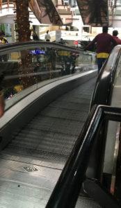 escalator central comercial usaquen
