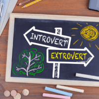 Study claims that extroverts enjoy four key advantages