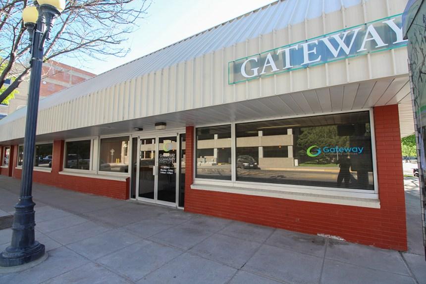 Gateway 1