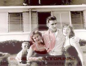 WM 1956 August 10 Elvis wit 2 females boy yare Audubon