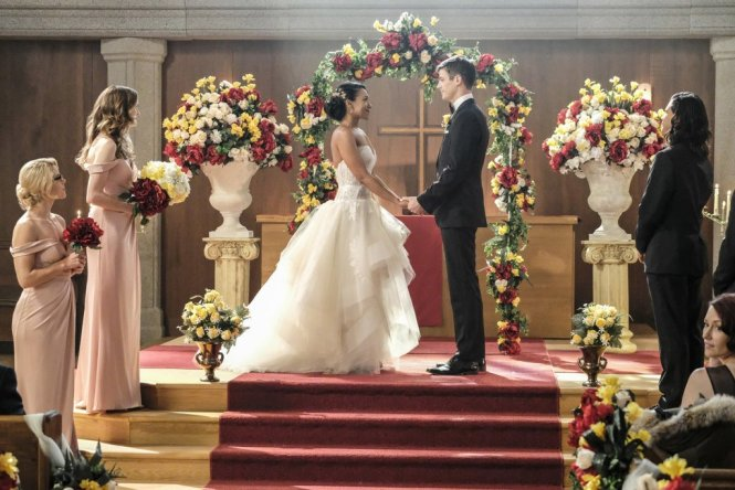 barry-iris-wedding-flash