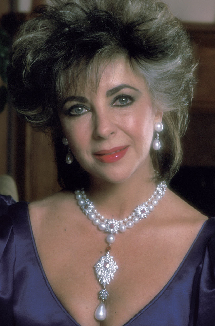 Bulgari Sapphire and Diamond Sautoir of Elizabeth Taylor  The Enchanted Manor