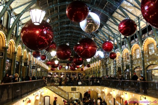 London at Christmas: Covent Garden Market