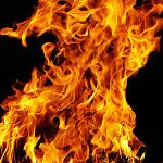 Bonfire_in_Kladow_17.04.2011_20-41-54