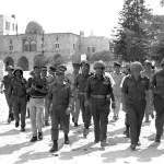 Flickr_-_Government_Press_Office_(GPO)_-_Defense_Minister_Moshe_Dayan,_Chief_of_staff_Yitzhak_Rabin,_Gen._Rehavam_Zeevi_(R)_And_Gen._Narkis_in_the_old_city_of_Jerusalem