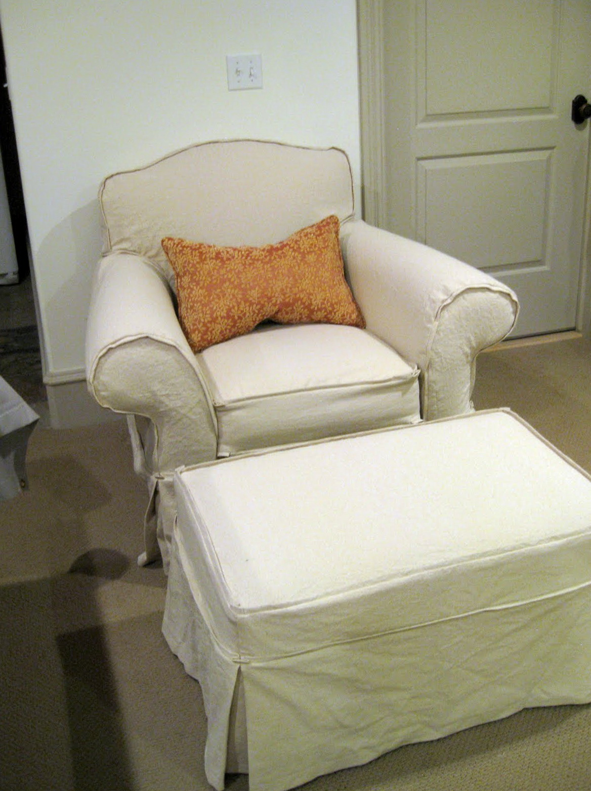 Slipcover For Oversized Chair And Ottoman Slipcovers For Ottomans And Chairs Home Design Ideas