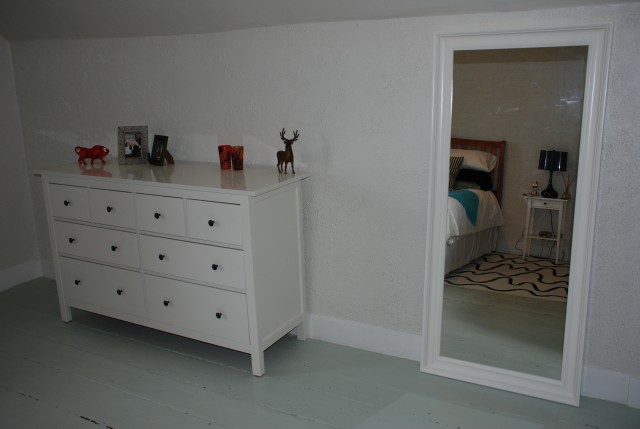 Hemnes Dresser And Mirror
