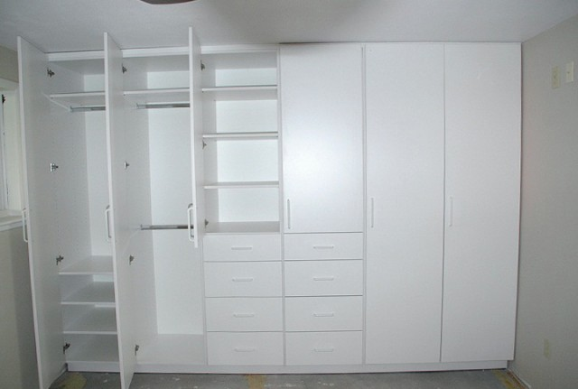 Small White Wardrobe Closet