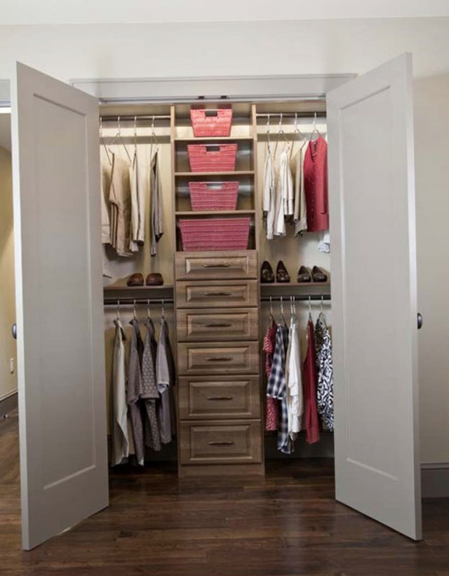 Walk In Closet Designs Small