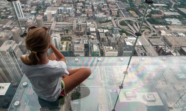 Chicago Observation Deck Crack