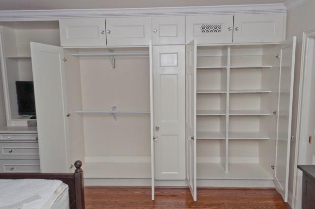 Built In Closet Design Ideas