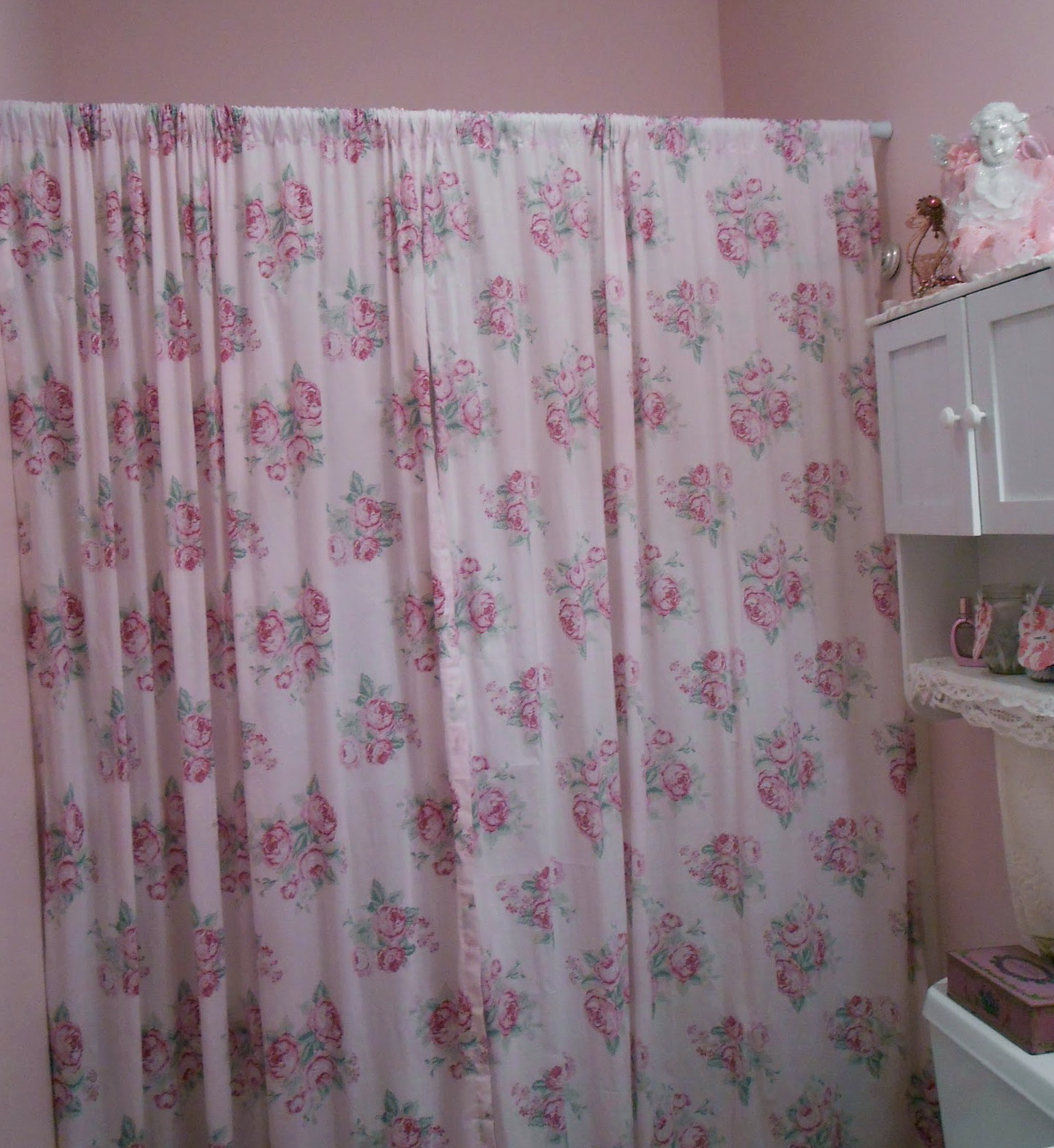 Pink Christmas Shower Curtains