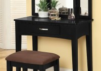 Black Dresser With Mirror And Chair