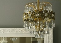 Small Crystal Chandeliers For Sale