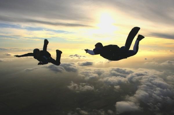 Jo-2-sky-divers