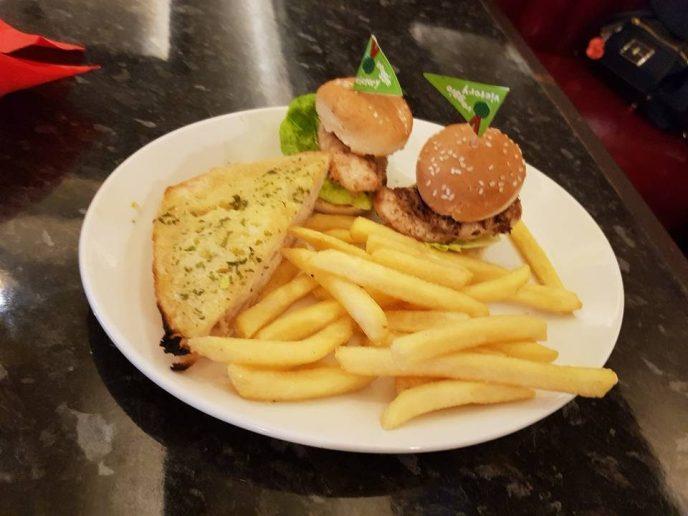 Chicken burger for Shaniah