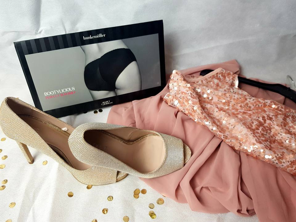 Gold shoes, Pink Dress and pants!
