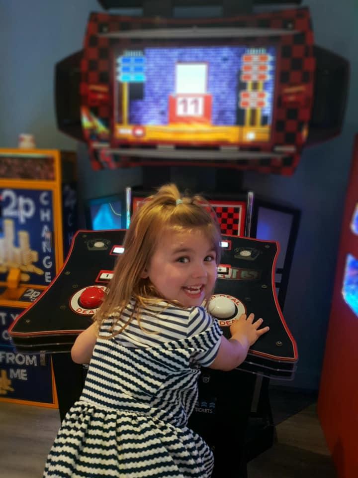 Shaniah at the arcade