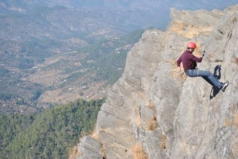 Rappelling at Mukhteshwar Cliff (Chauti ki Jali)