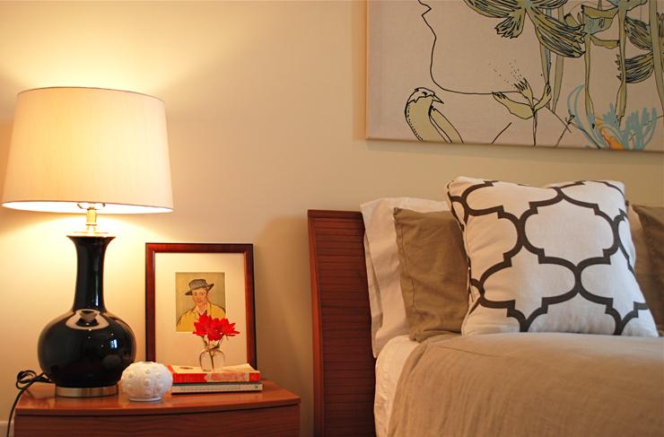 bungalow 404 master bedside