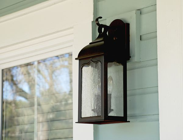 Grout exterior light_opt