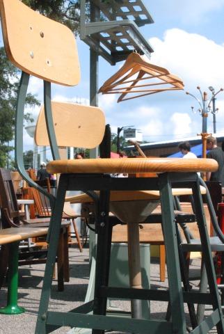 flea stool