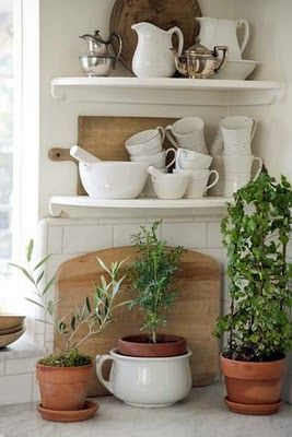 cottage kitchen breadboard