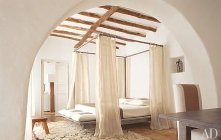 Drama in an Charming Italian Villa