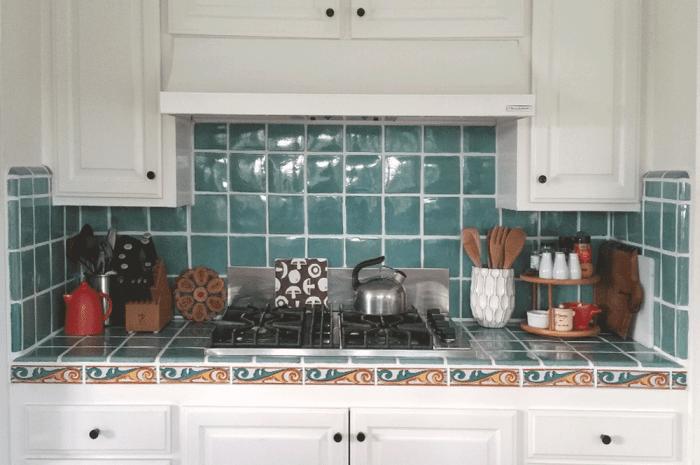 shaniqua-kitchen-stove