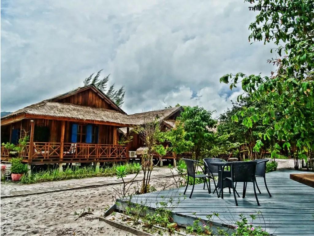 wooden chalets Sok San Beach Resort