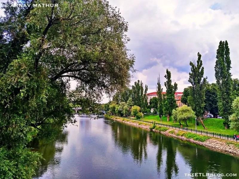 Crişul Repede river flowing through Oradea | What to do in Oradea