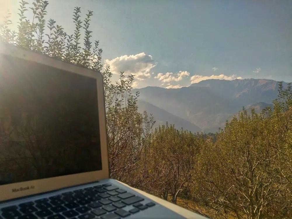 Work + Vacation | Workation in Old Manali – Himachal Pradesh, India