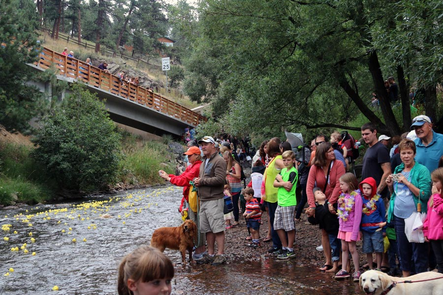 evergreen-duck-derby-the-people