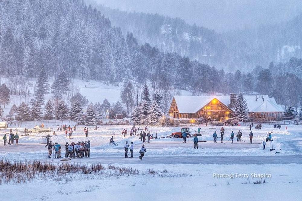 Hockey at Evergreen Lake
