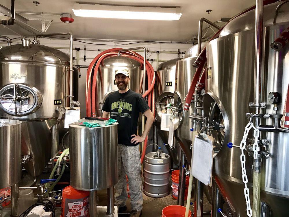 lariat-lodge-evergreen-brewery