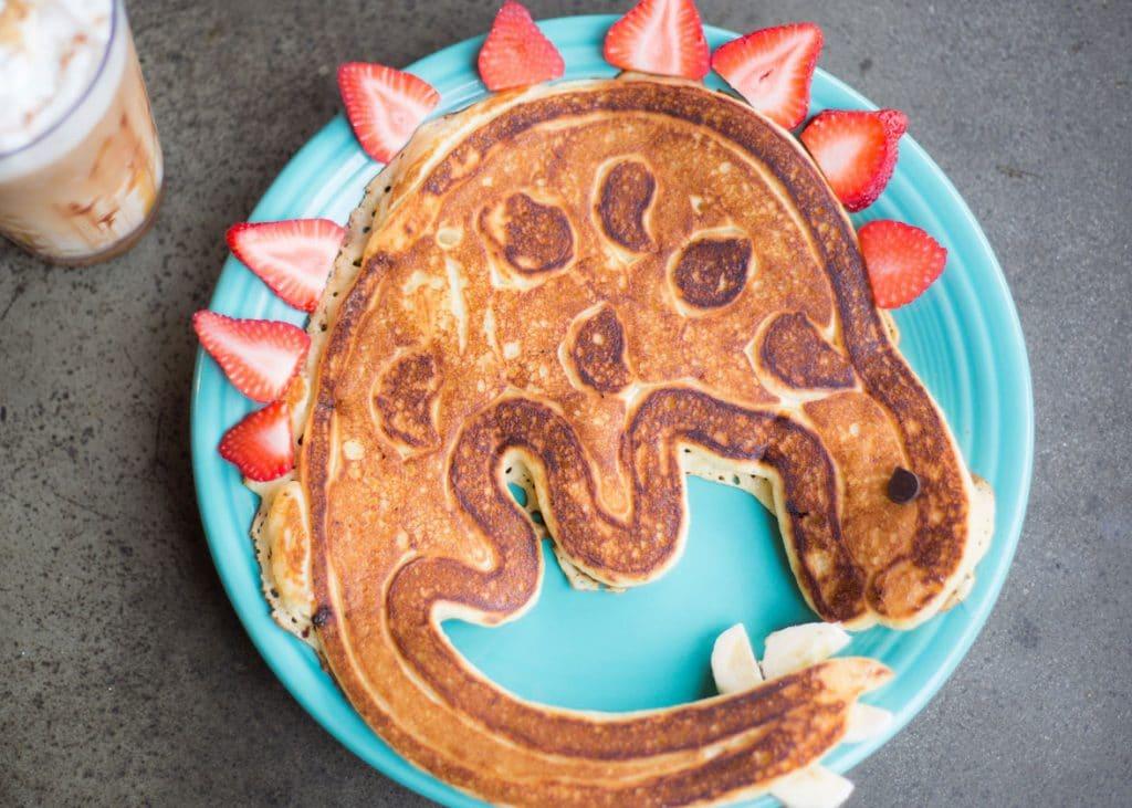 wildflower-cafe-evergreen-pancakes-dinasour