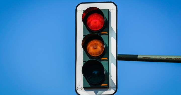 Traffic light symbol used to help count calories in restaurants