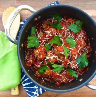 Veggie & Lean Beef Meatballs Marinara | theeverykitchen.com