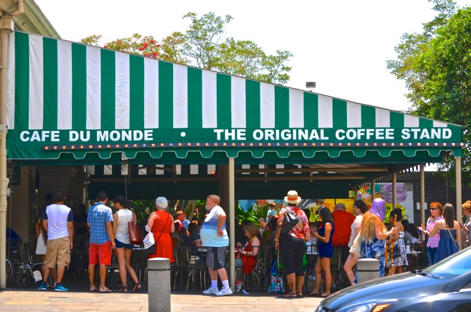 Cafe du Monde, New Orleans   Danielle Does New Orleans!   theeverykitchen.com
