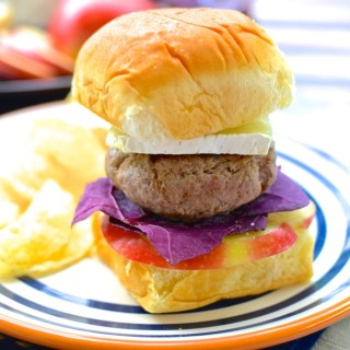 The Best Every Tailgate Sliders (secret ingredient: applesauce) | www.theeverykitchen.com