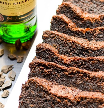 Irish Coffee Chocolate Loaf Cake | www.theeverykitchen.com