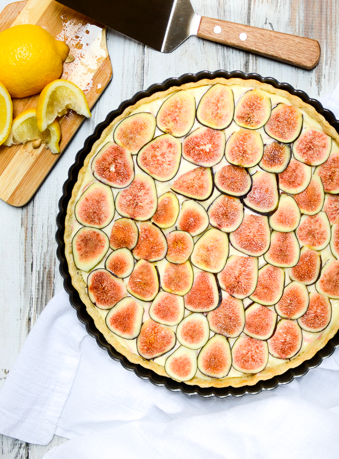 Ripe figs are summer's sugar and they pair wonderfully with tart lemon in my recipe for Fresh Fig and Lemon Cream Tart. Using a refrigerated pie crust lets you save your energy for homemade, luscious lemon curd. #summerdesserts #figrecipes | theeverykitchen.com