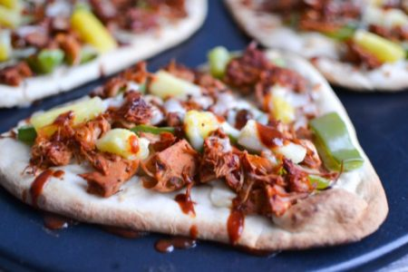 Tasty BBQ Jackfruit Naan Pizzas from One Hungry Bunny | theeverykitchen.com
