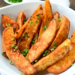 Air Fryer Spiced Potatoes Wedges are the perfect healthy alternative to French fries, with their crispy finish and golden-fried hue. | theeverykitchen.com
