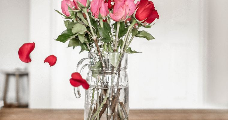 Healing Gifts of Roses: for the body and the spirit