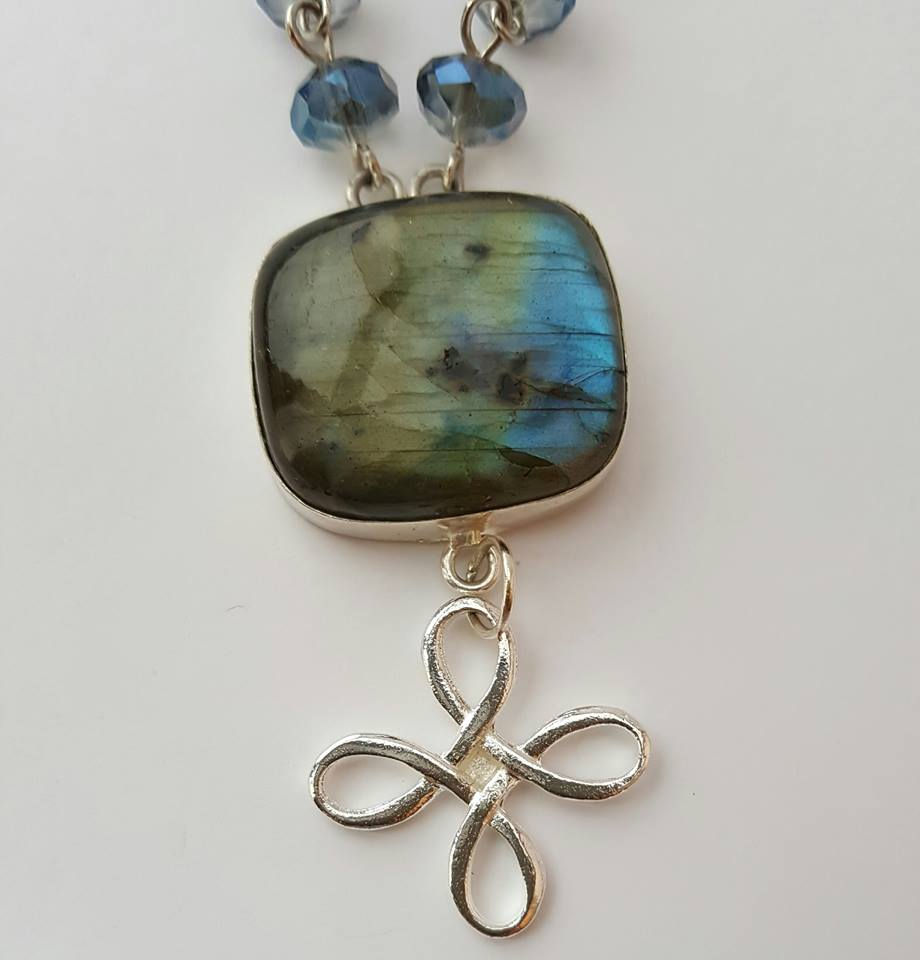 stone in silver setting and charm - Labradorite Pendant