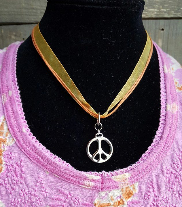 yellow ribbon - Peace Symbol Choker