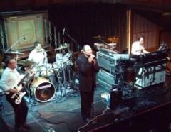 Genesis In The Cage (Photo Copyright Evil Jam)