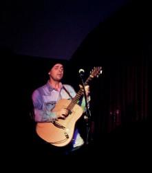 Si Hayden performing at The Tin